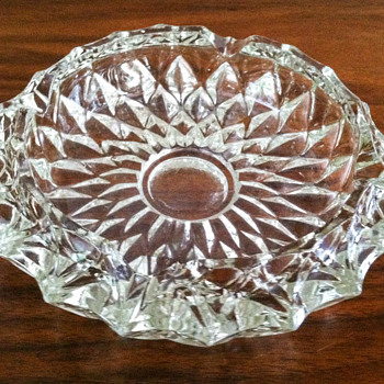 Cut glass ashtray - Glassware