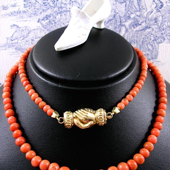 Georgian Red Coral Necklace with Gold Fede Betrothal Clasp  - Fine Jewelry