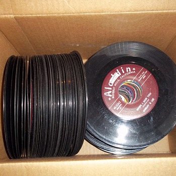 Box of 45&#039;s