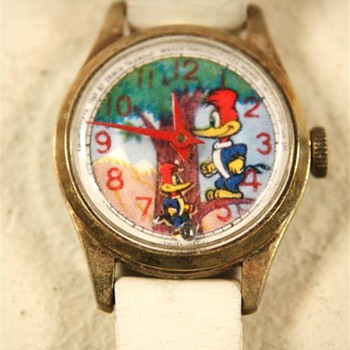 Animated Woody Woodpecker Watch - Wristwatches