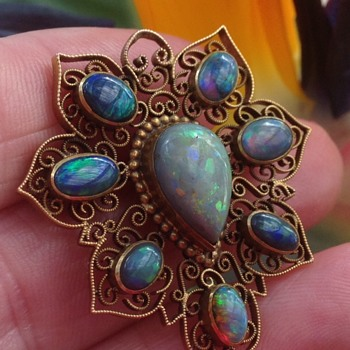 15CT Filigree Black Opal Victorian Brooch - Victorian Era