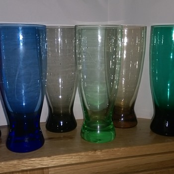 art glass jug with coloured glasses  - Art Glass