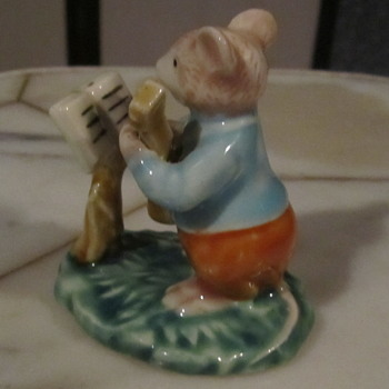Fine Porcelain  Mouse Playing Guitar