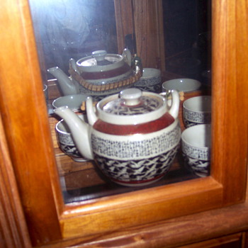 Old Tea set - Kitchen