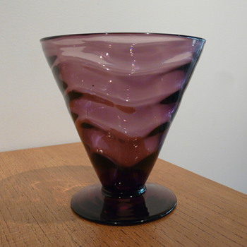 WEBB VENETIAN RIPPLE GAY GLASS - THOMAS F. PITCHFORD