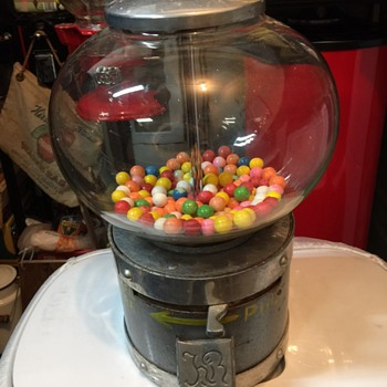Unknown gumball vendor - Coin Operated