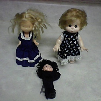 3 LITTLE DOLLS - Dolls