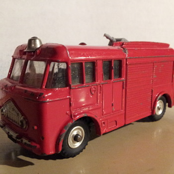 Corgi 276 Airport Fire Tender
