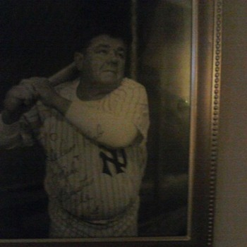 ORIGINAL AUTOGRAPHED BABE RUTH PICTURE FROM 1930  - Baseball