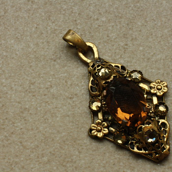 Amber glass pendant - Costume Jewelry
