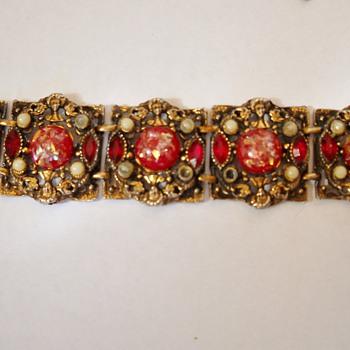 Selro? Bracelet - Costume Jewelry