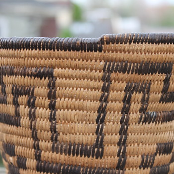 Southwestern Native American Basket ?