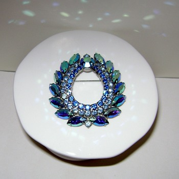 Blue Lagoon Brooch - Sarah Coventry  - Costume Jewelry