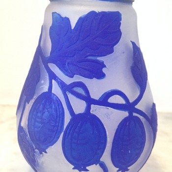 Blue and satin cameo glass bud vase D(L?) [l] 1926