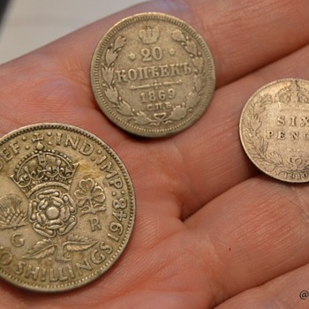 Russia and Britain coins