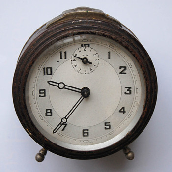 Antique Art Deco 20's-40's French alarm clock.