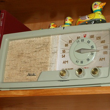 1954 Arvin Tube Radio - Radios