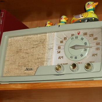 1954 Arvin Tube Radio