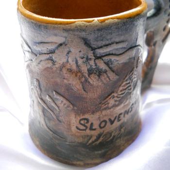 SLOVENSKO MUG - Art Pottery