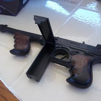 TINY TOM MACHINE GUN
