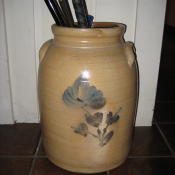 late 1800&#039;s 4 gallon crock - Art Pottery