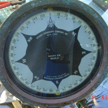 35 lb's of Brass, Sperry Repeater compass - Military and Wartime