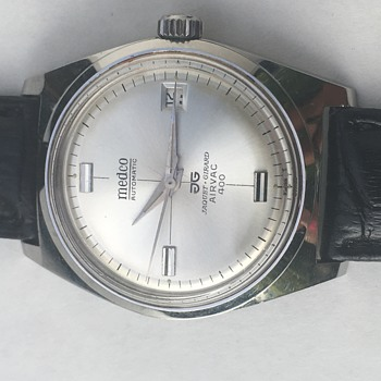 Medco Automatic Wrist Watch - jaquet & girard airvac 400