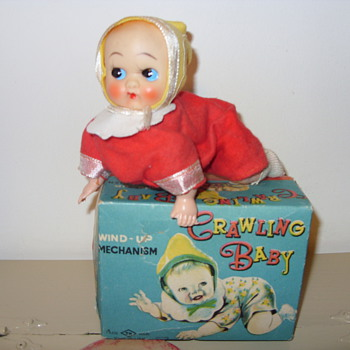 WINDUP CRAWLING BABY - Dolls