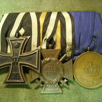 WWI Iron Cross medal sets - Military and Wartime