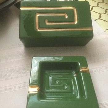 Midcentury ashtrays and cigarette container - Tobacciana