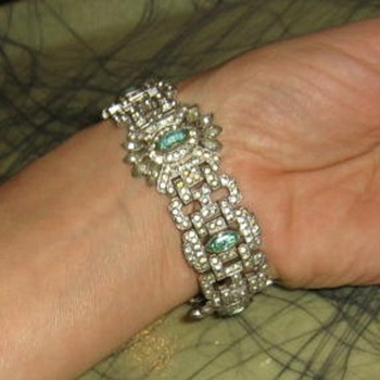 Paste white & green rhinestone art deco bracelet