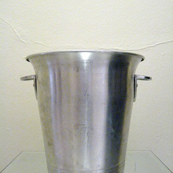 FAUCOGNEY 70310 VOGALU ICE BUCKET -FRANCE - Mid Century Modern
