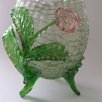 Loetz or Kralik Creta Chine - Art Glass