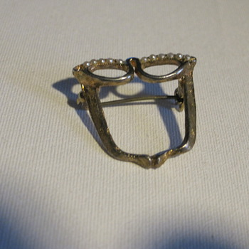 Cat's eye glasses pin  - Costume Jewelry