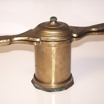 Manual Brass Grinder or Crusher ?????Very old - Kitchen