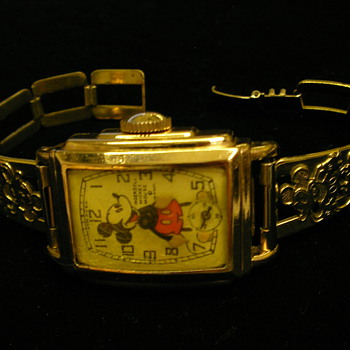 Ingersoll/Kelton Mickey Mouse Wristwatch - Wristwatches