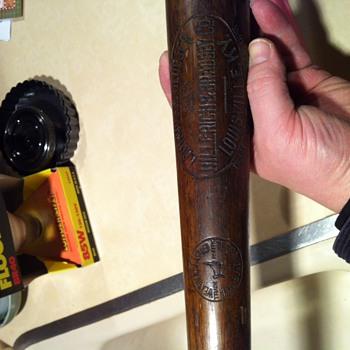 Wid Matthews signature bat