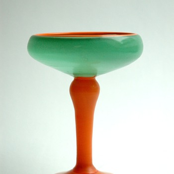 "wonbderfull french art deco glass cup / ashtray ""bijou"" probably by SHNEIDER or DAUM"