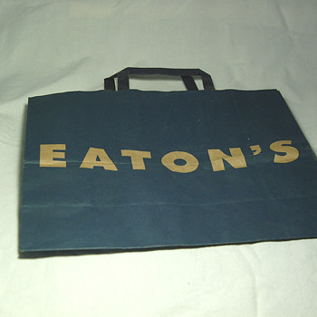 The T. EATON Co Limited, Winnipeg Paper Shopping Bag