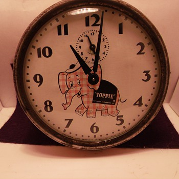 Circa 1950's Toppie the Elephant Clock - Clocks