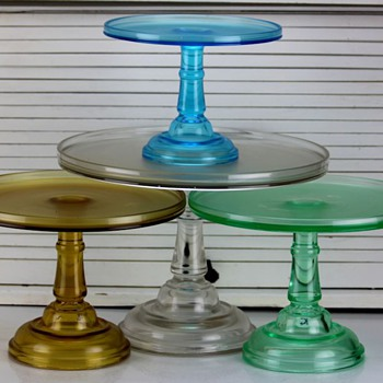 Central Glass #350 John Osterling 'plain' bakers' stands, c.1880s - Glassware