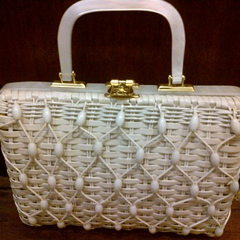 1950s woven handbag with faux mother-of-pearl handle