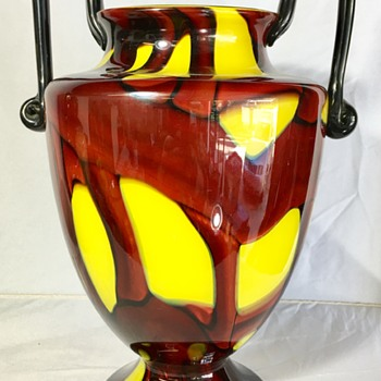 Kralik -  Square handle shape - Art Glass
