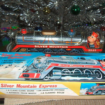 Silver Mountain Express - Model Trains