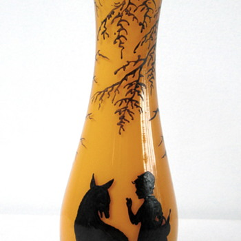 RED RIDING HOOD TANGO GLASS VASE - Art Glass