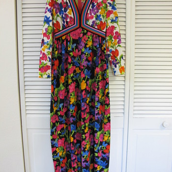 Goldworm Vintage 60's 70's Maxi Dress