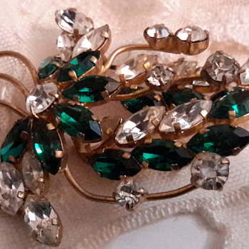 1950s rhinestone brooches