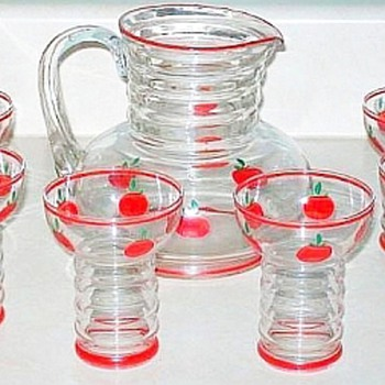 Dunbar Glass Juice Set with Tomatoes, Etched Glass Tumblers
