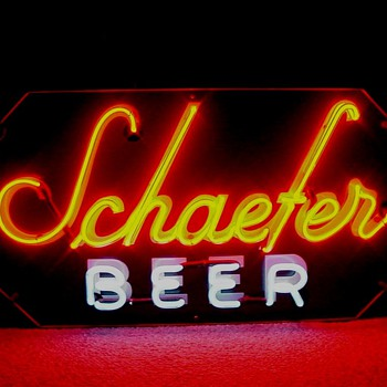 Schaefer Beer backbar neon