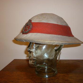 Super Rare British WWI Generals Private Purchase steel helmet.
